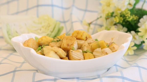 宝宝辅食微课堂 圆白菜炒馒头的做法