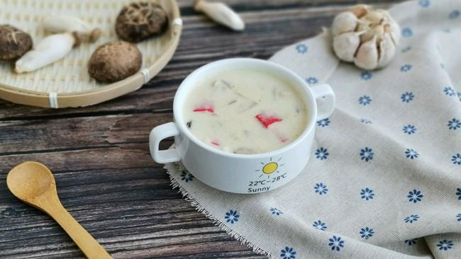 蟹柳蘑菇奶油汤的做法