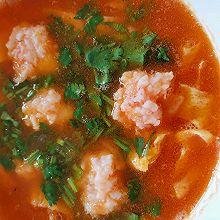 好喝到舔碗的番茄虾滑汤