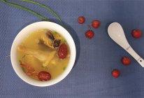 北虫草鲜菌炖鸡汤的做法