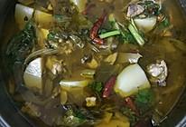 酸菜芋儿鸡的做法