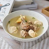 这道汤鲜味美的鸡汤,只因加了它#猴头菇炖鸡汤}的做法图解8