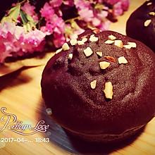 坚果巧克力蛋糕