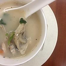 煎炖鱼头汤