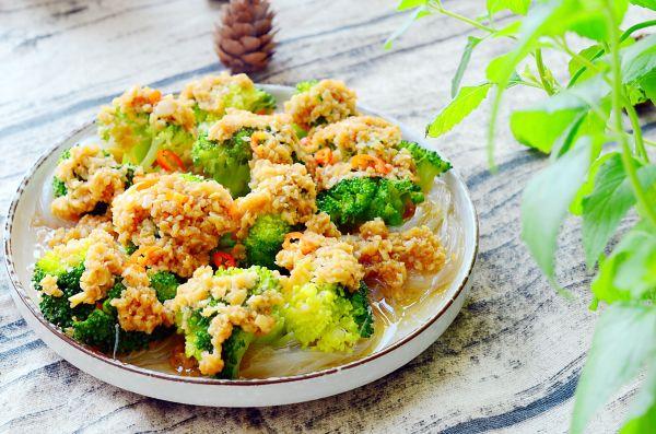 金蒜粉丝蒸西兰花-低脂健康好营养