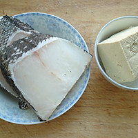 鳕鱼豆腐汤——冬季暖身的做法图解1