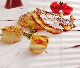 澳带伴鹅肝配焦糖苹果(西餐)的做法