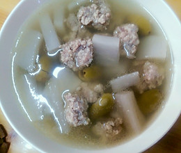 萝卜橄榄肉丸汤的做法