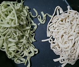 手擀蔬菜面条!(含饺子皮制作)的做法