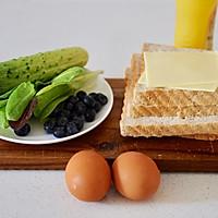 黄瓜鸡蛋热压三明治#花10分钟,做一道菜!#的做法图解1