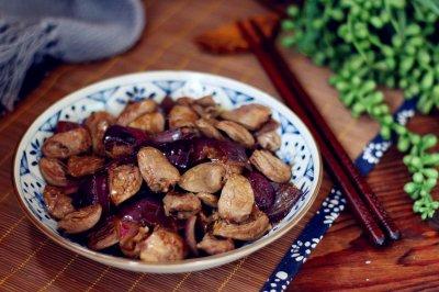 洋葱炒鸡心——补血养颜防感冒