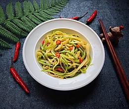 #硬核菜谱制作人#开胃小菜~凉拌西葫丝的做法