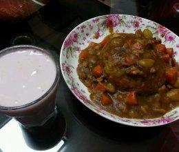 咖喱土豆胡萝卜肉丁饭(两人份)的做法