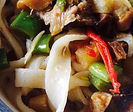 干羊肉蘑菇臊子面的做法