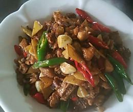 辣椒炒鸡肉的做法