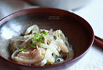 【猪肉酸菜炖粉条】 东北名菜的做法