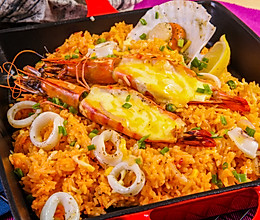 西班牙大虾海鲜炒饭的做法
