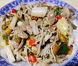 芹菜豆芽炒肉的做法