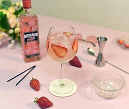 「100种家庭鸡尾酒」016粉色金汤力的做法