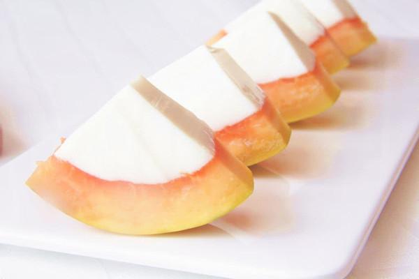 养颜甜品——椰奶木瓜冻的做法