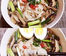 #名厨汁味,圆中秋美味#肉丝菌菇汤面条的做法