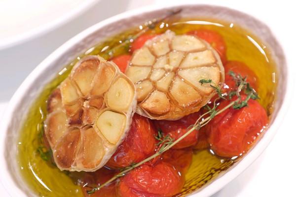 油浸小番茄大蒜头的做法