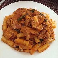 韩式五花肉鱿鱼年糕条的做法图解3