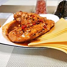 减脂餐也能满足味蕾--黑胡椒鸡胸肉#下饭红烧菜#