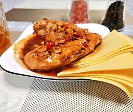 减脂餐也能满足味蕾--黑胡椒鸡胸肉#下饭红烧菜#的做法