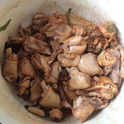 大盘鸡的做法 步骤5