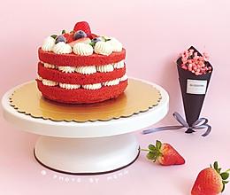 红丝绒草莓裸蛋糕#憋在家里吃什么#的做法