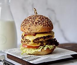 双层猪肉汉堡#做道好菜,自我宠爱!#的做法