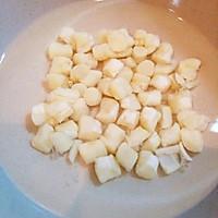 鲜美古早味  猪肉卷心菜干贝包子的做法图解3