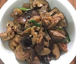 花菇莲藕蚝油炆排骨的做法