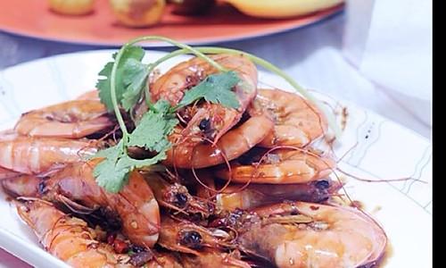 美味吮指虾的做法