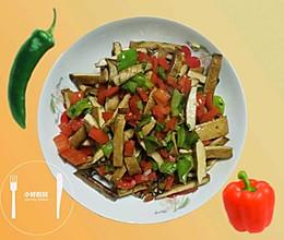 青红辣椒炒豆干的做法