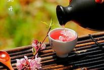 桃花草莓酿的做法