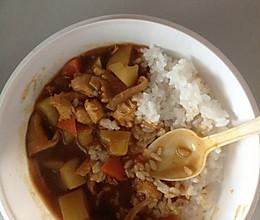 咖喱鸡肉饭电饭锅无油版的做法