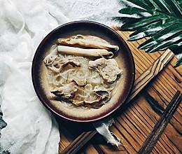 沙虫粉丝肉片汤的做法