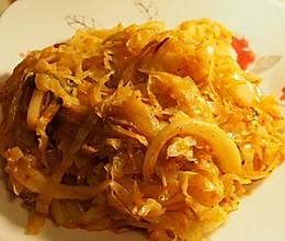 圆白菜炒泡菜的做法