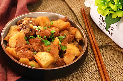 土豆炖排骨—迷迭香