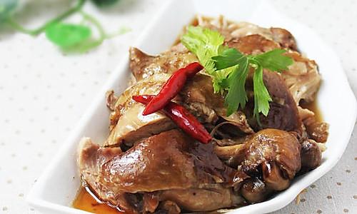 用最经典的搭配,做一锅卤味——普洱茶卤鸡 的做法