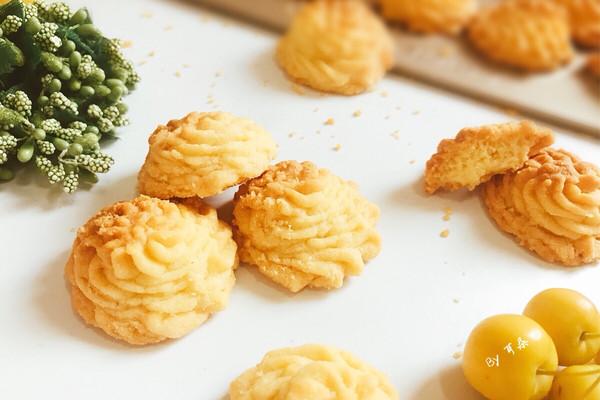 酥到掉渣的黄油曲奇饼干 网红菊花挤花款#相约MOF#的做法