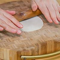 饺子皮咸蛋黄烧麦的做法图解6