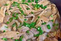 腐竹五花肉煲的做法