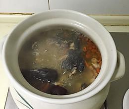 滋补乌鸡汤的做法