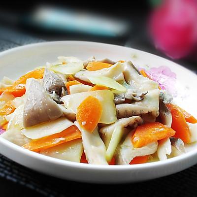 莴笋炒平菇
