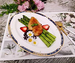 西餐–芦笋烤鸡胸的做法