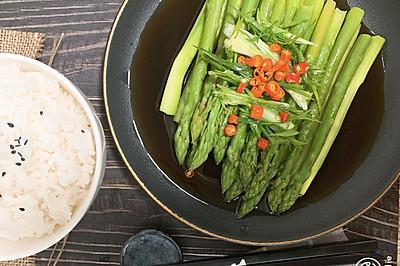 白灼芦笋,夏季清单饮食
