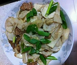 芋头炒瘦肉的做法